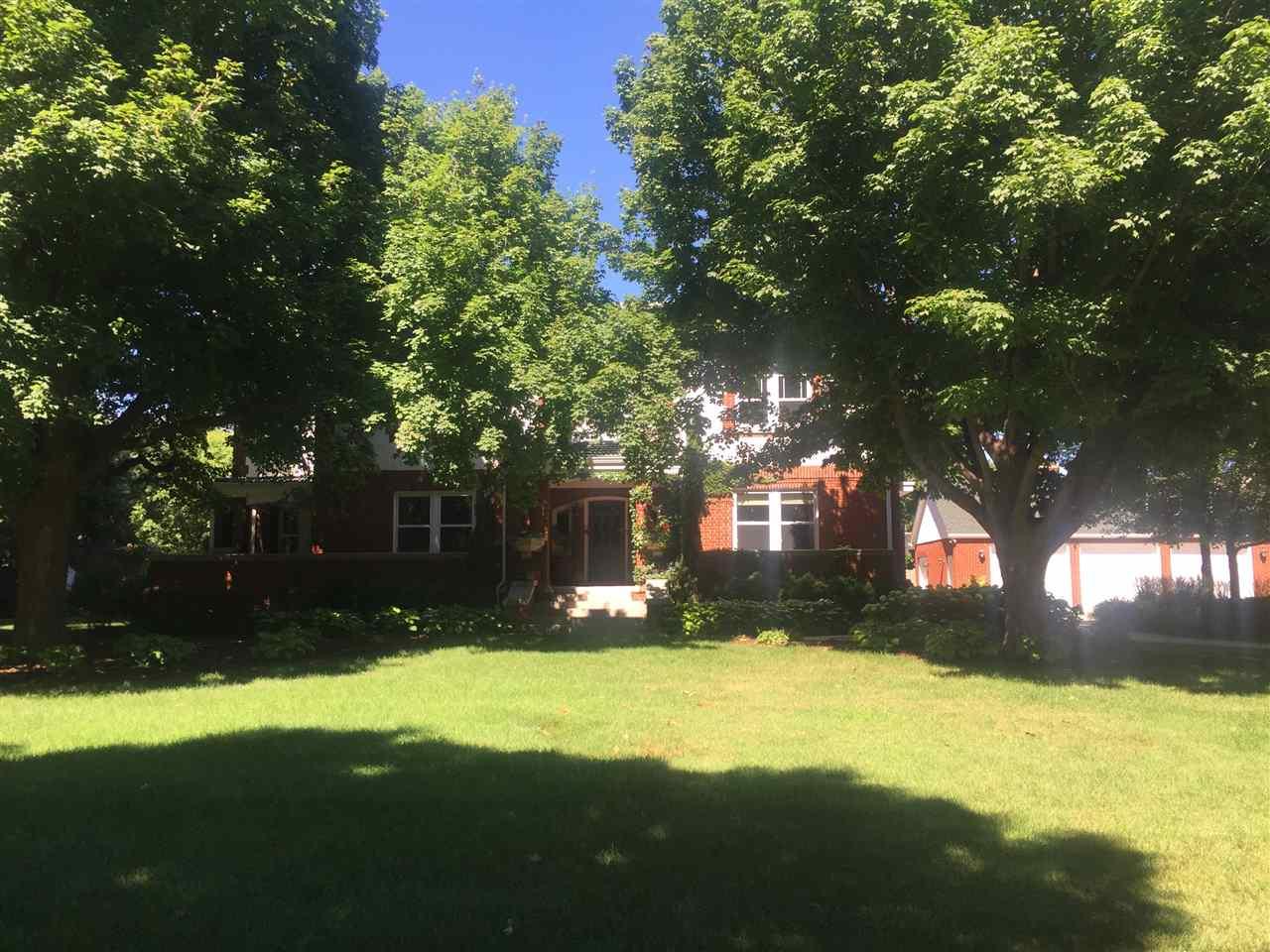1125 Lincoln, Hastings, Nebraska 3 Bedroom as one of Homes & Land Real Estate