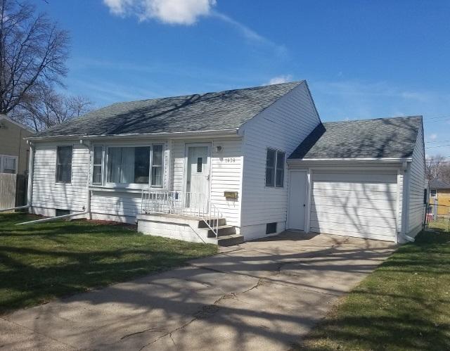 1838 Bateman, Hastings, Nebraska