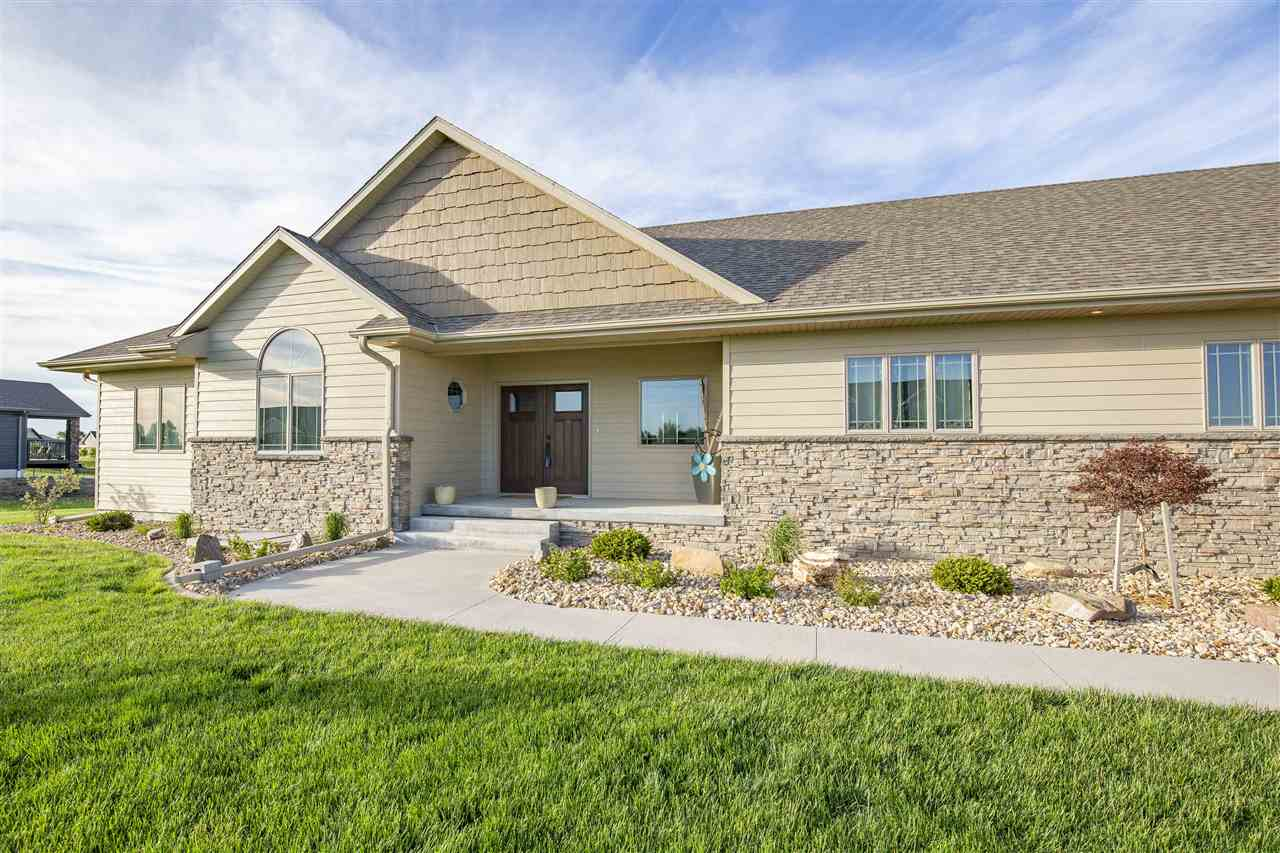 5807 Haymeadow Ridge, Hastings, Nebraska