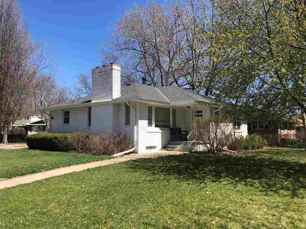 1204 Westwood Terrace, Hastings, Nebraska