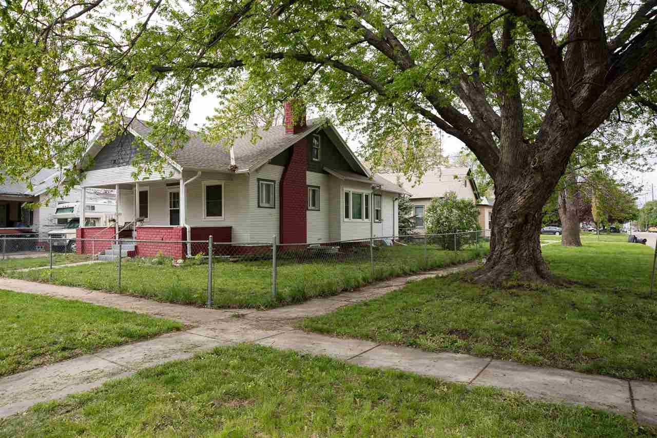 202 9th St., Hastings, Nebraska