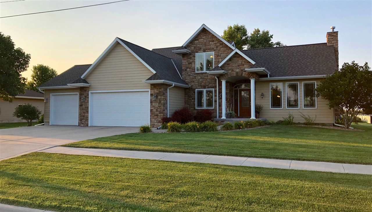 1106 Shore Drive, Hastings, Nebraska