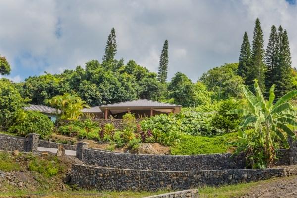Single Family Home for Sale, ListingId:34195914, location: 82-941 MANINI ST Captain Cook 96704