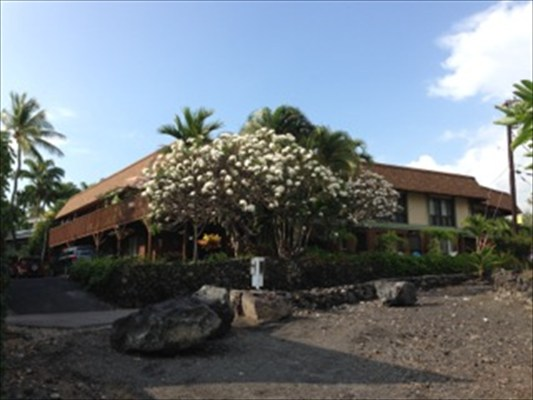 Single Family Home for Sale, ListingId:27450703, location: 75-6150 ALII DR Kailua Kona 96740