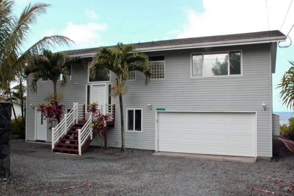 Featured Property in KEAAU, HI, 96749