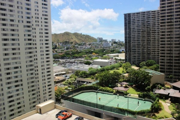 Single Family Home for Sale, ListingId:28670537, location: 60 N BERETANIA ST Honolulu 96817