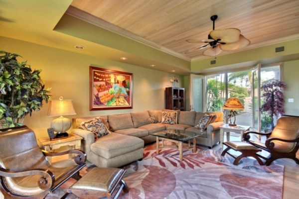 Featured Property in KAMUELA, HI, 96743
