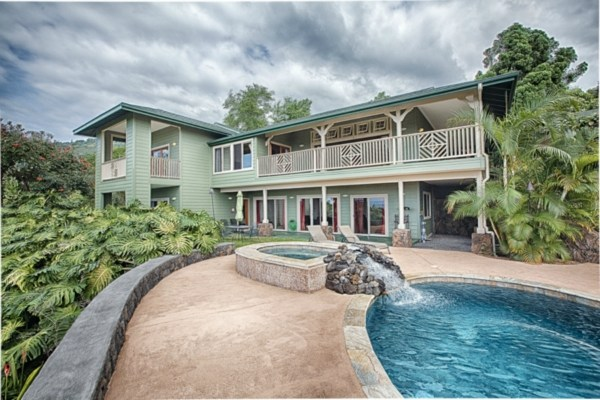 Single Family Home for Sale, ListingId:31194413, location: 83-1011 KAMUKU PL Captain Cook 96704