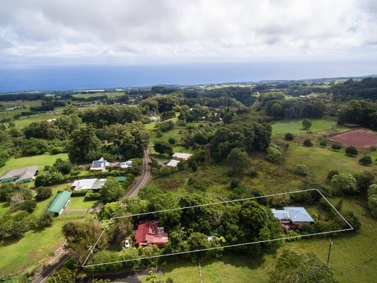 Photo of 44-3249-A KALANIAI RD  HONOKAA  HI