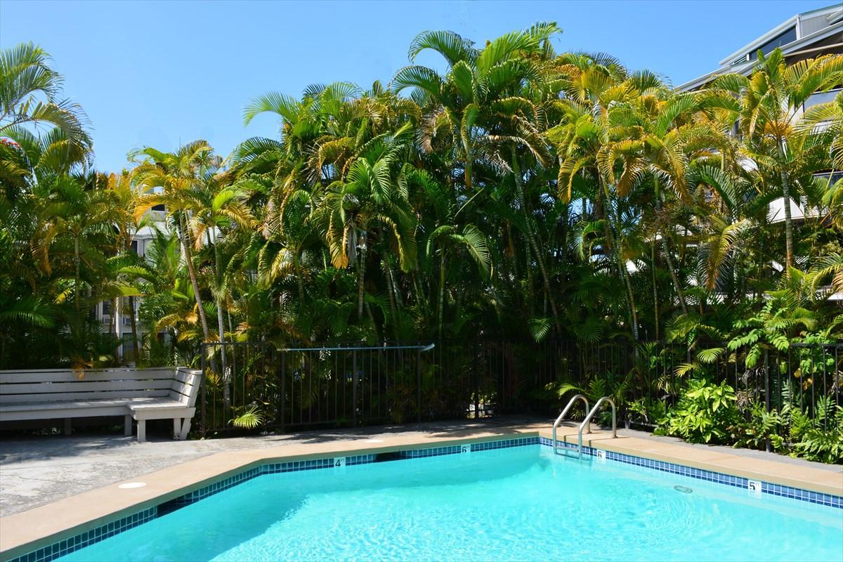 Photo of 75-5669 KUAKINI HWY  Kailua-Kona  HI