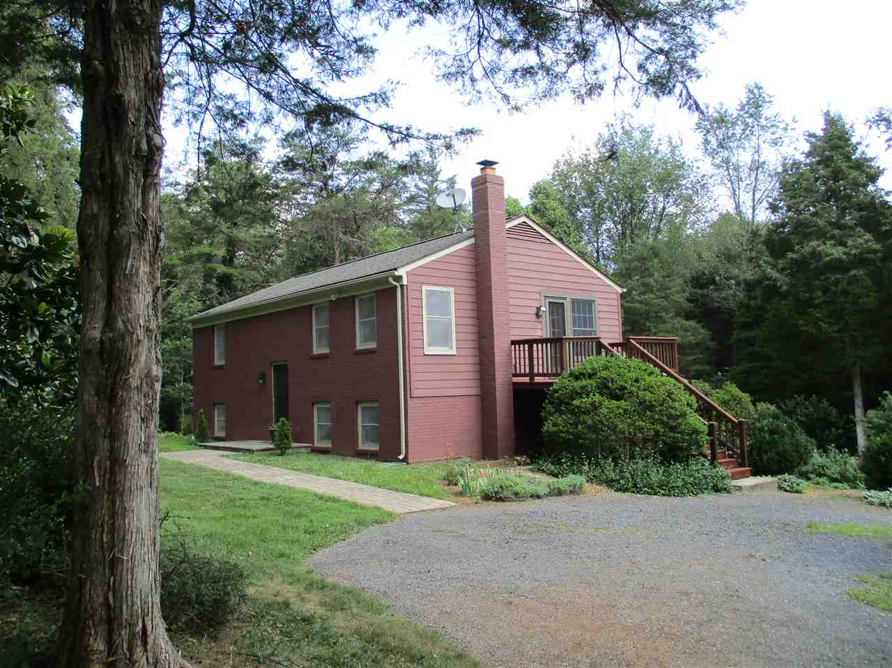 Image of Residential for Sale near Mount Solon, Virginia, in Augusta county: 5.00 acres