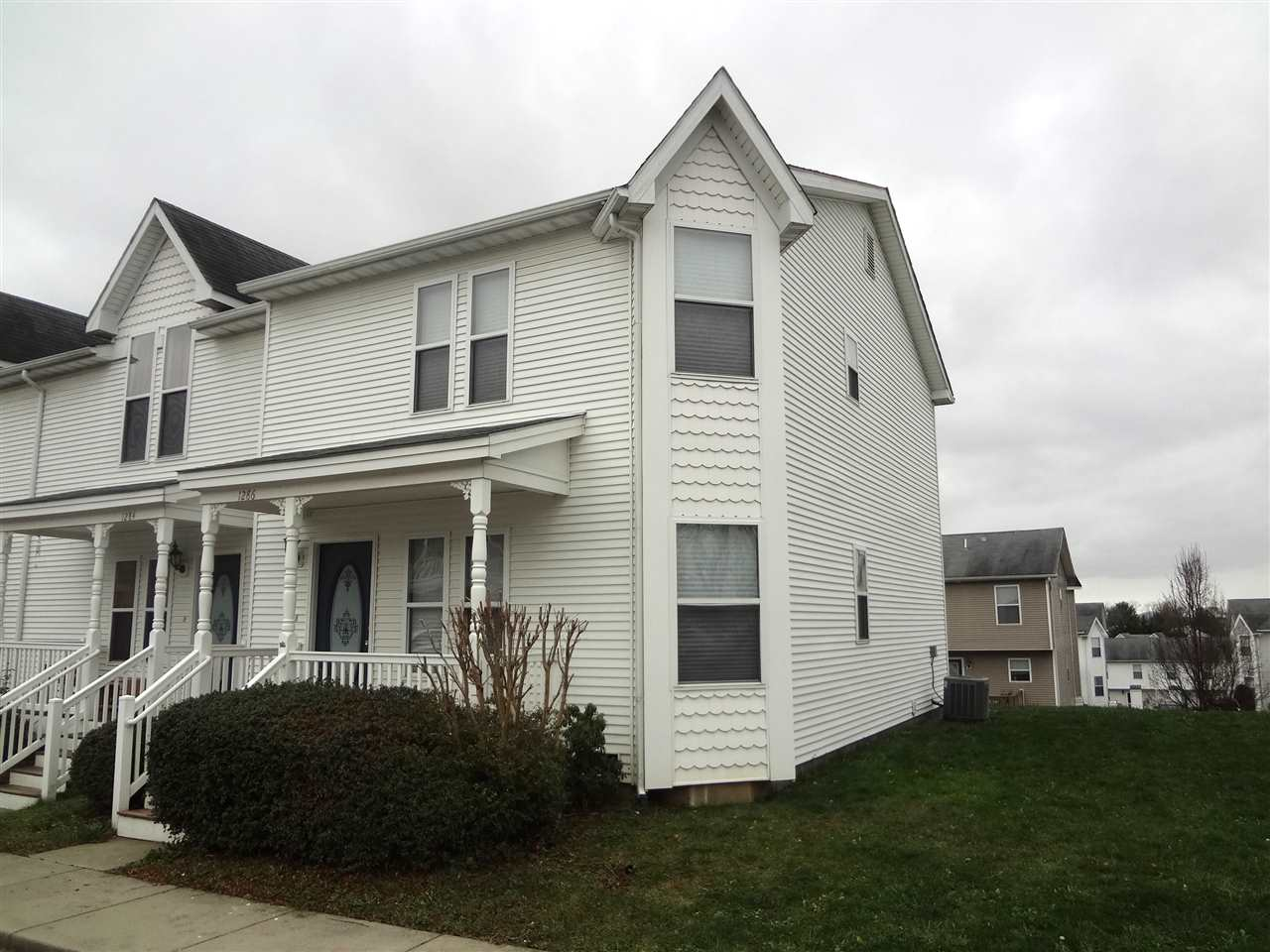 Rental Homes for Rent, ListingId:36561271, location: 1286 VICTORIAN VILLAGE DR Harrisonburg 22802