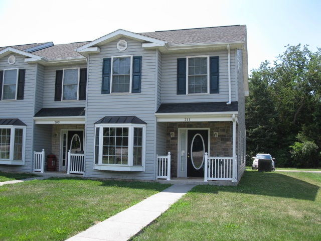 Photo of 211 ASPEN AVE  GROTTOES  VA