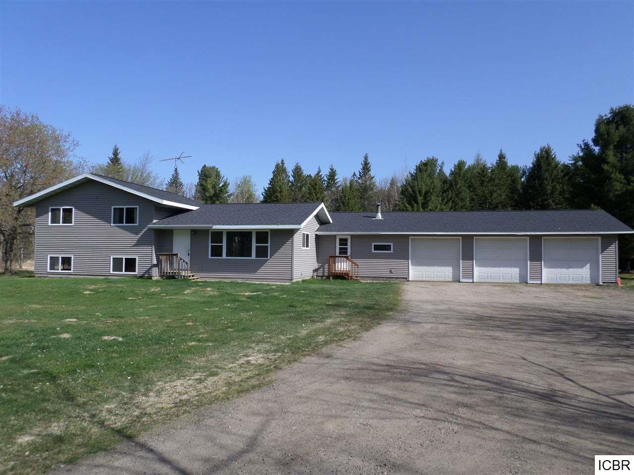 451 Trout Lake Rd, Grand Rapids, MN 55744