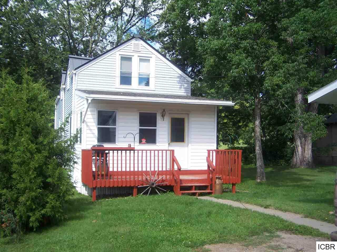 Photo of 111  1st AVE  Bovey  MN