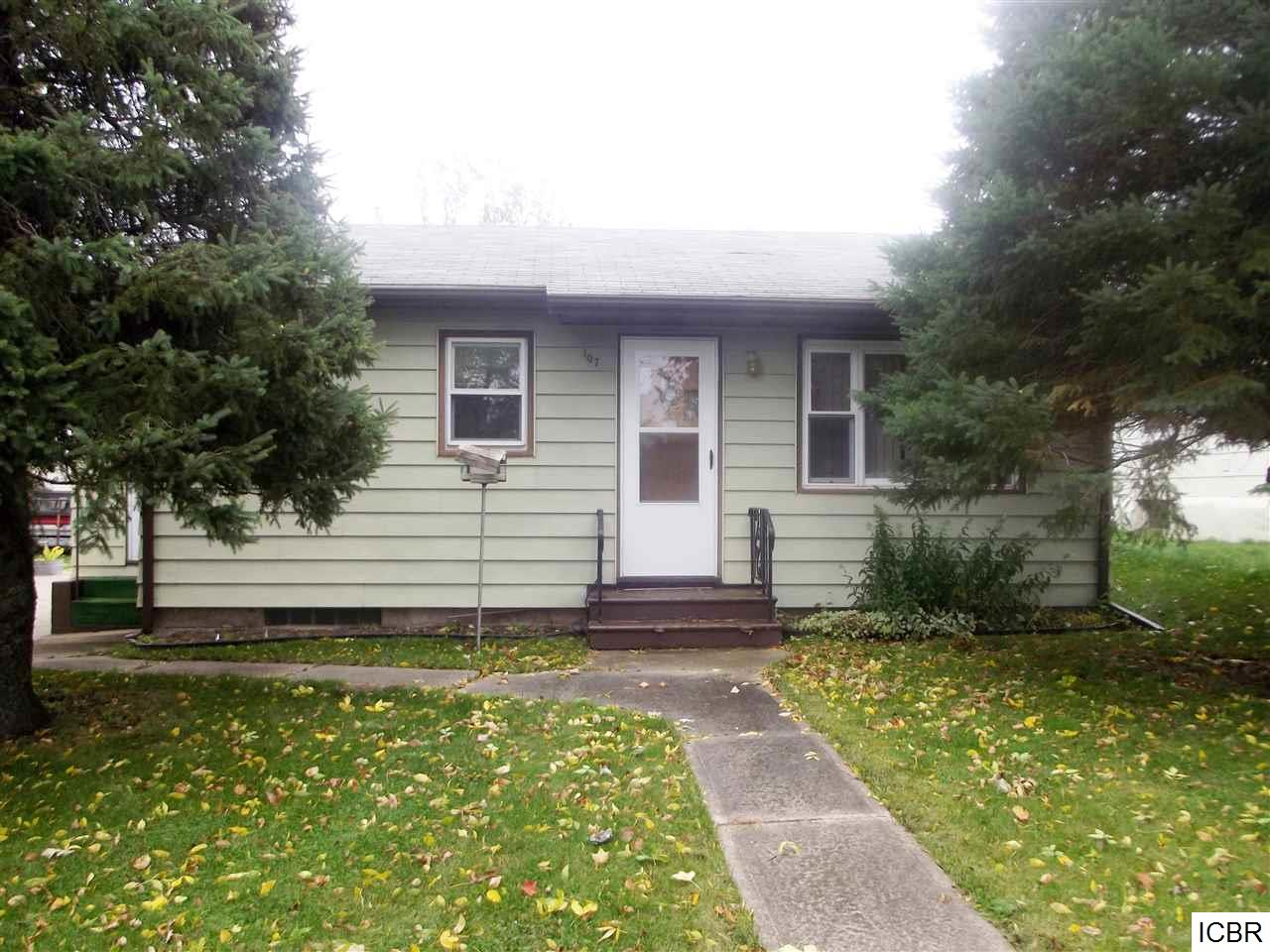 Photo of 107  8th AVE  Bovey  MN