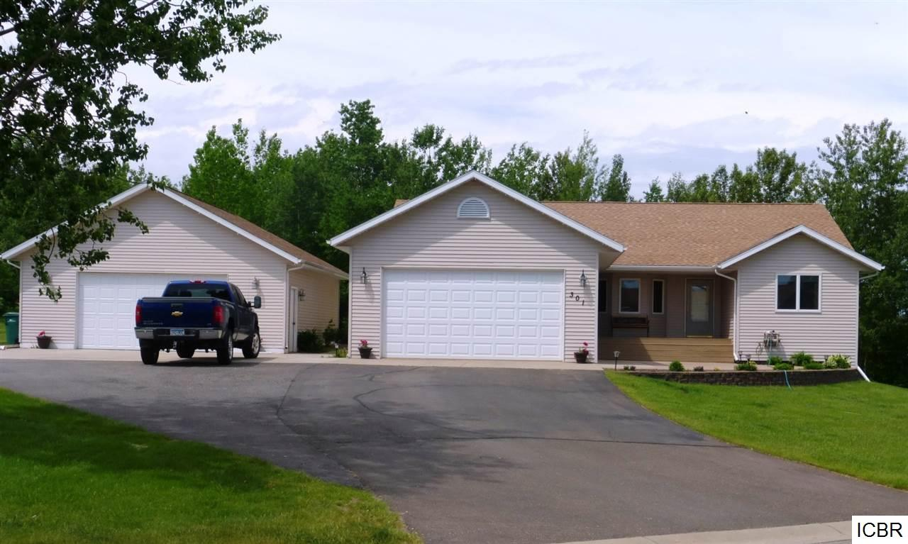 Photo of 301  DAVIDSON AVE  Coleraine  MN