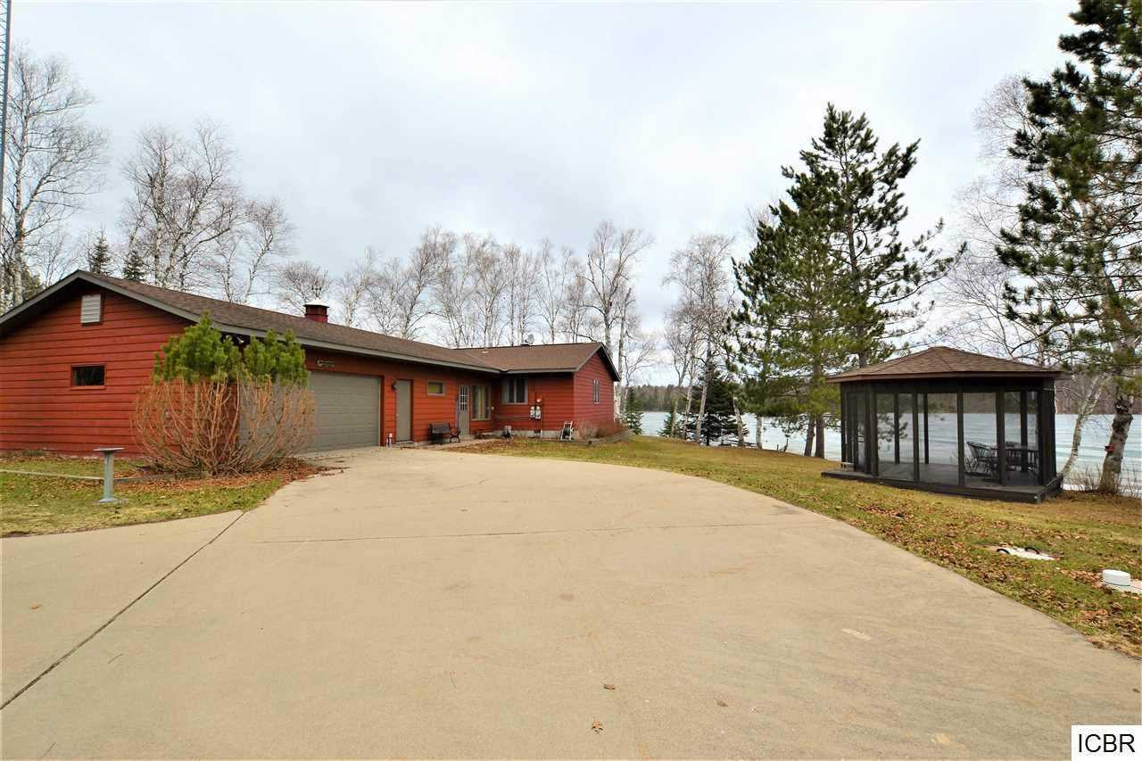 36845 Shoreview Dr, Grand Rapids, MN 55744