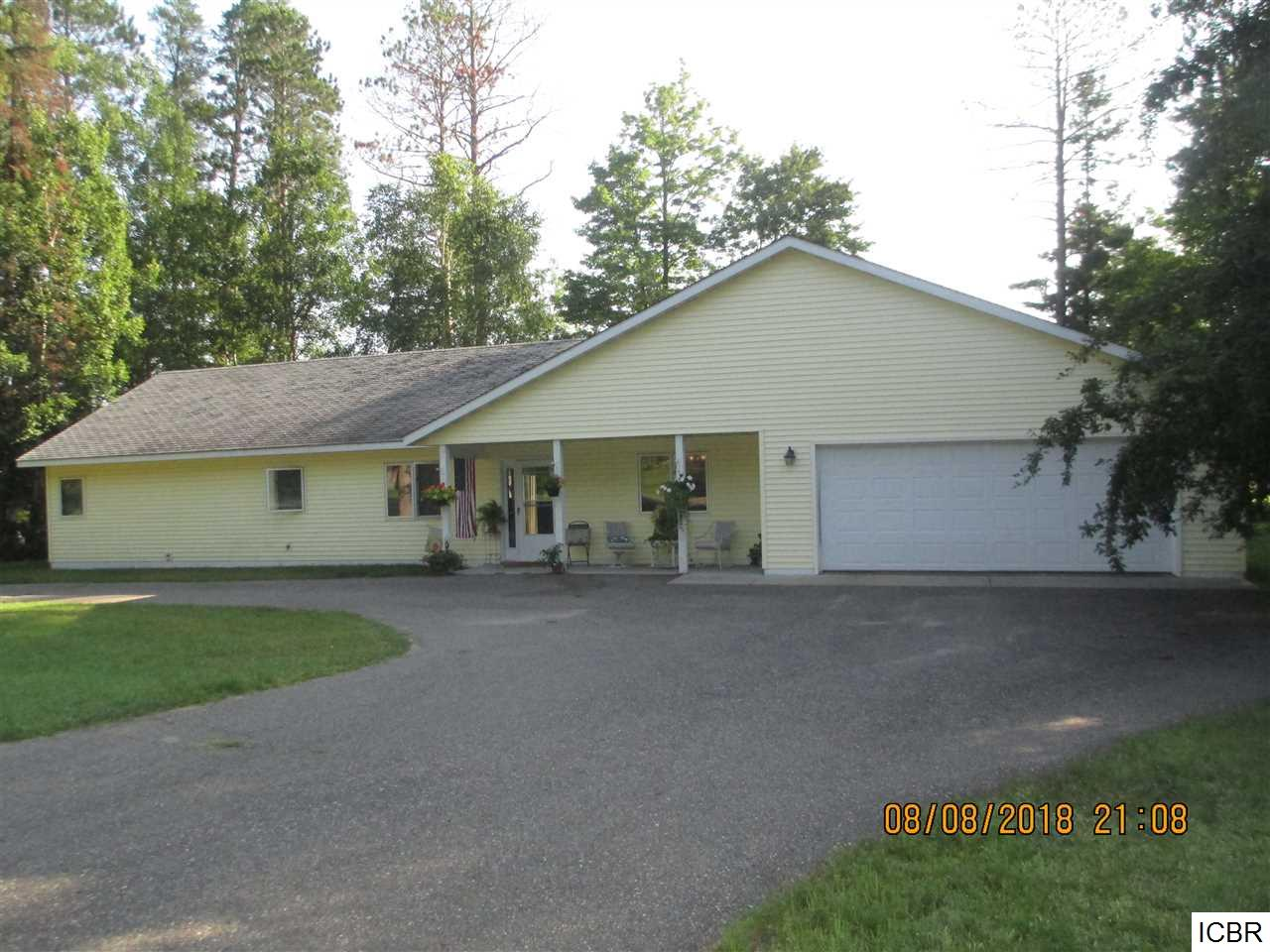 26406 River Rd Cohasset, MN 55721