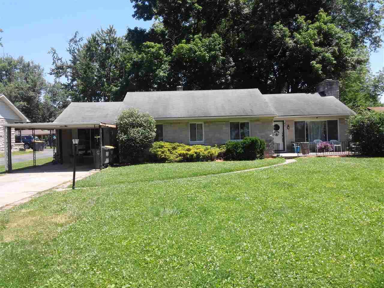 Photo of 919 Garden Ave  Seymour  IN