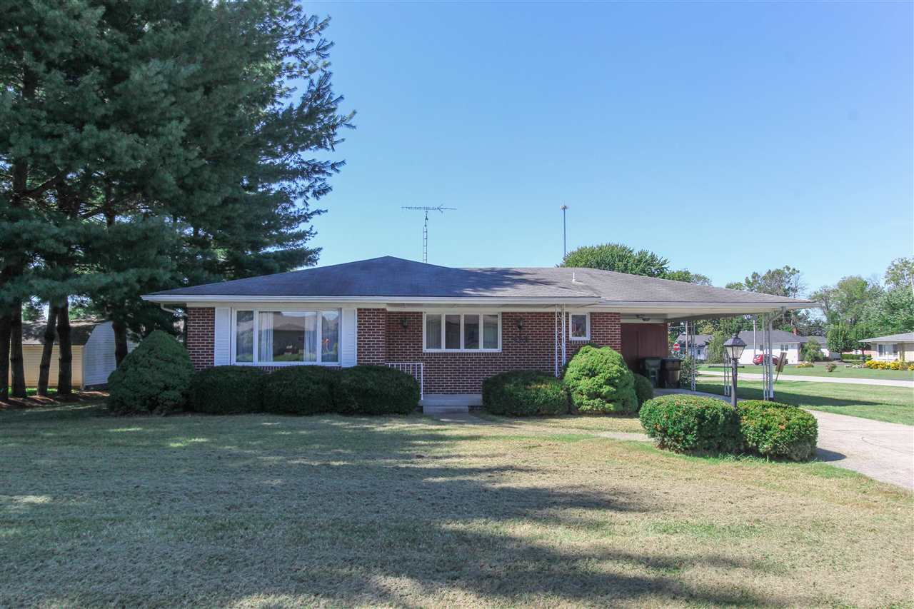 424 S Scotty Dr, Brownstown, IN 47220