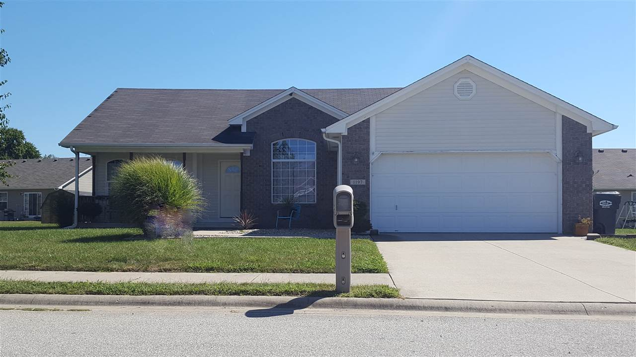 1197 Whipporwill Dr, Seymour, IN 47274