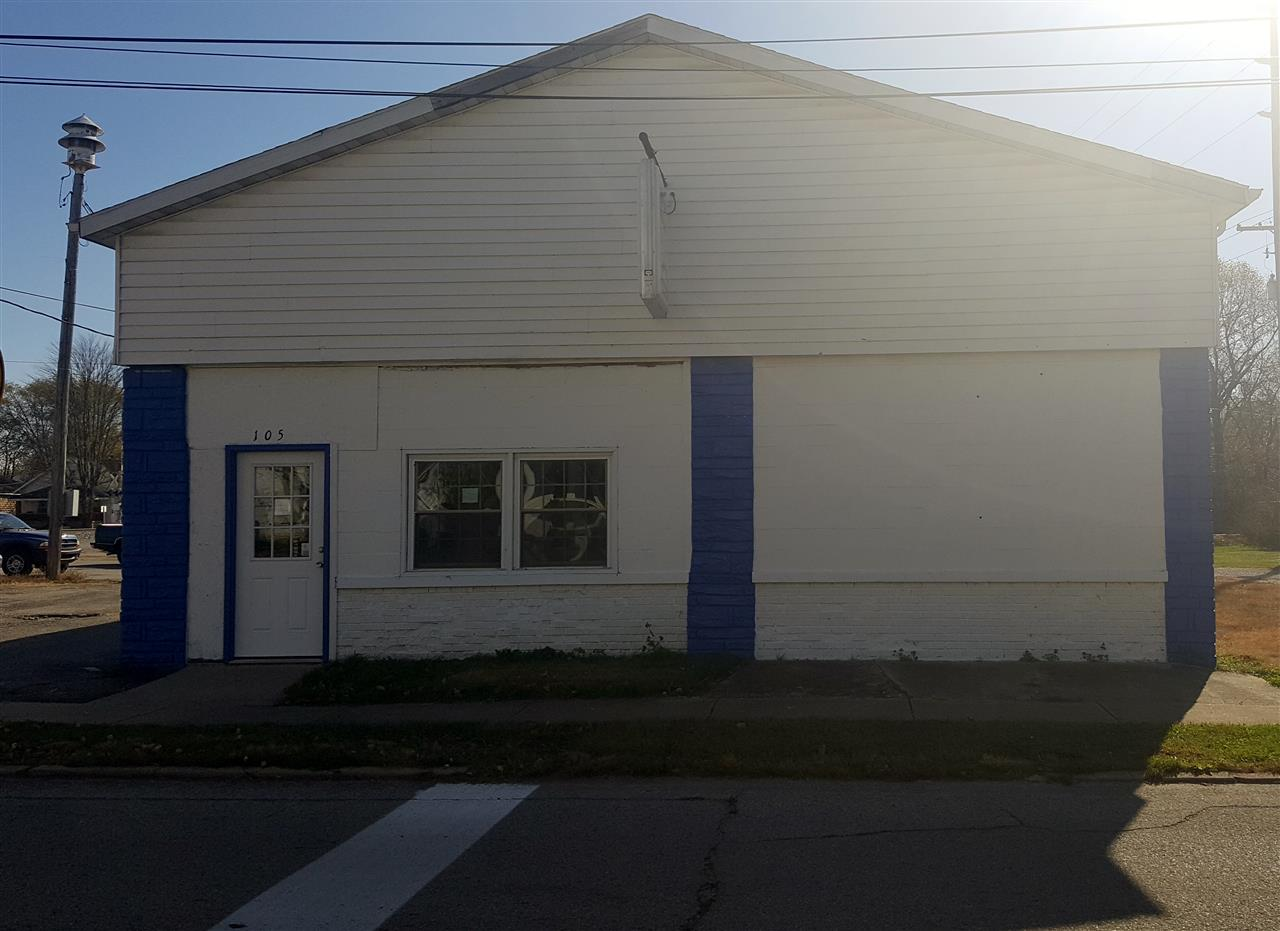 105 W Howard St, Crothersville, IN 47229