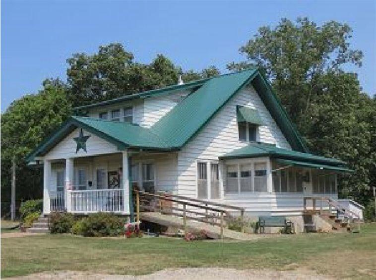 Image of Residential for Sale near Abingdon, Iowa, in Jefferson county: 23.64 acres