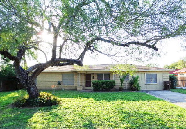 Photo of 1519 S 7th  Kingsville  TX