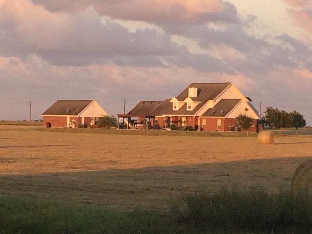 Photo of 945 CR 77  Bishop  TX