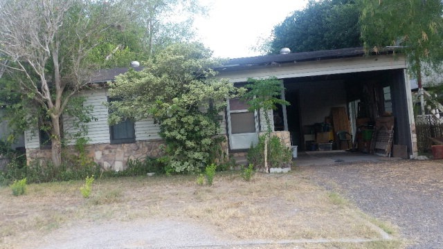 Photo of 814 Avenue A  Alice  TX