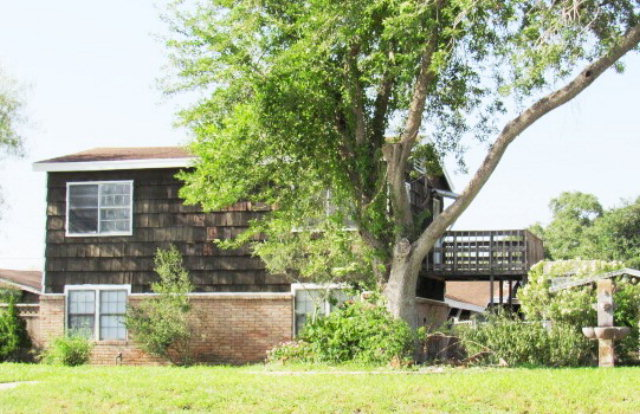 Photo of 608 E Caesar  Kingsville  TX