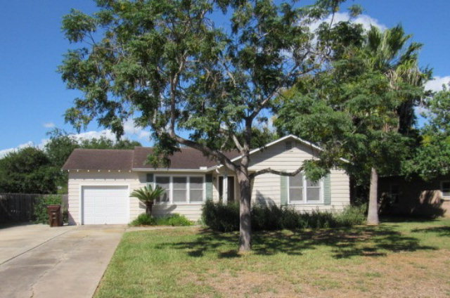 Photo of 1010 W Yoakum  Kingsville  TX