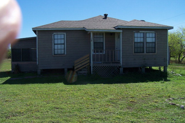Photo of 133 W CR 2180  Kingsville  TX