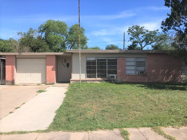 Photo of 1522 E Johnston  Kingsville  TX