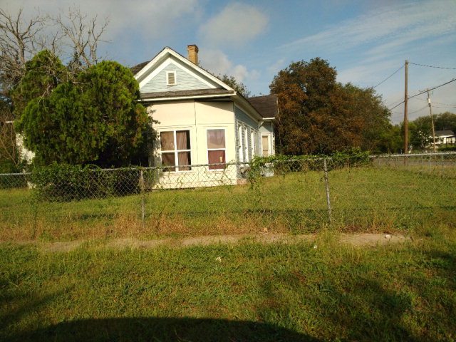 Photo of 421 N Reynolds  Alice  TX
