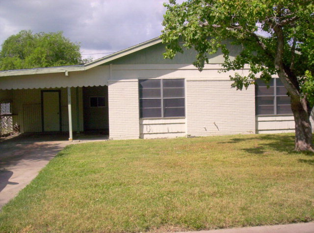 Photo of 1518 E Huisache  Kingsville  TX
