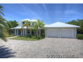 Single Family Home for Sale, ListingId:26977348, location: 101 Ocean Ave New Smyrna Beach 32169