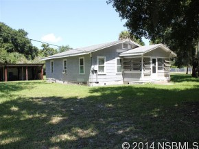 162 N Gaines St, Oak Hill, FL 32759