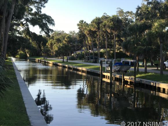 17  Oak St, Port Orange, Florida