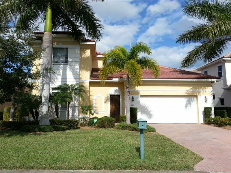One of Vero Beach 4 Bedroom Pool Homes for Sale