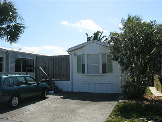 Single Family Home for Sale, ListingId:31311197, location: 10851 S Ocean #160 DR Jensen Beach 34957