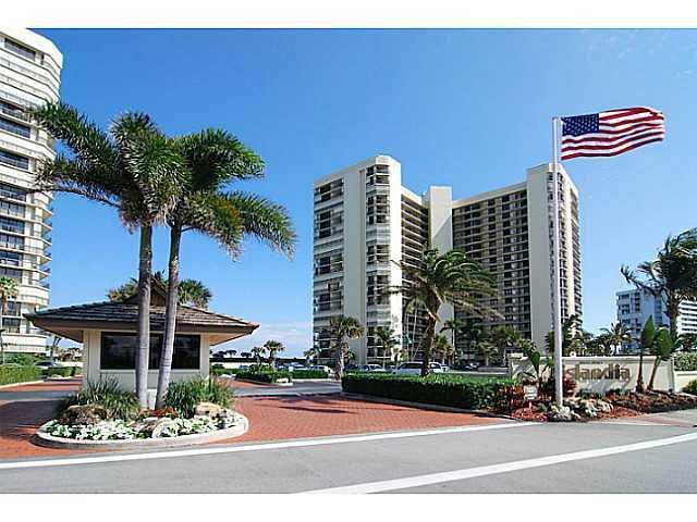 9550 S Ocean Dr, Jensen Beach, FL 34957