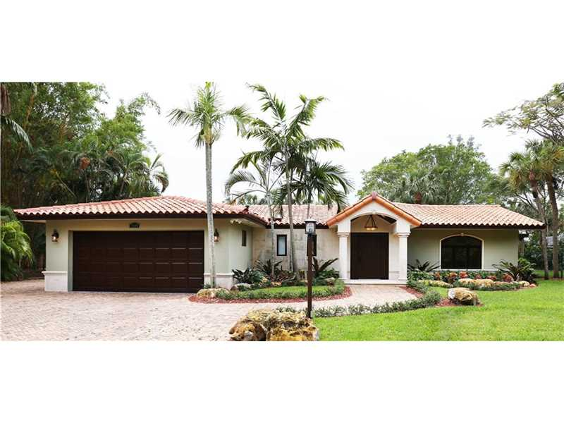 Photo of 7540 Loch Ness Dr  Miami Lakes  FL