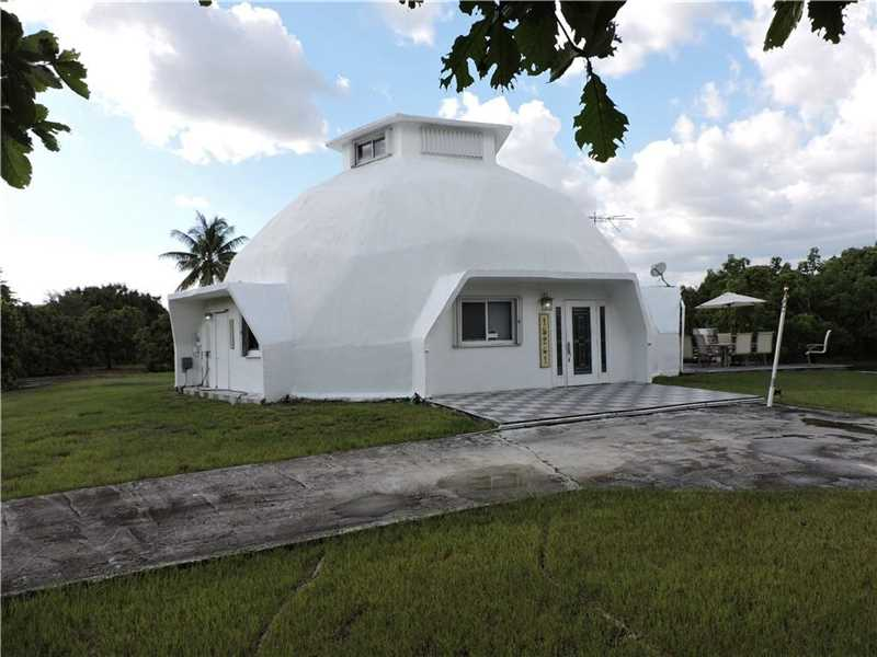 Photo of 15261 SW 212th St  Miami  FL