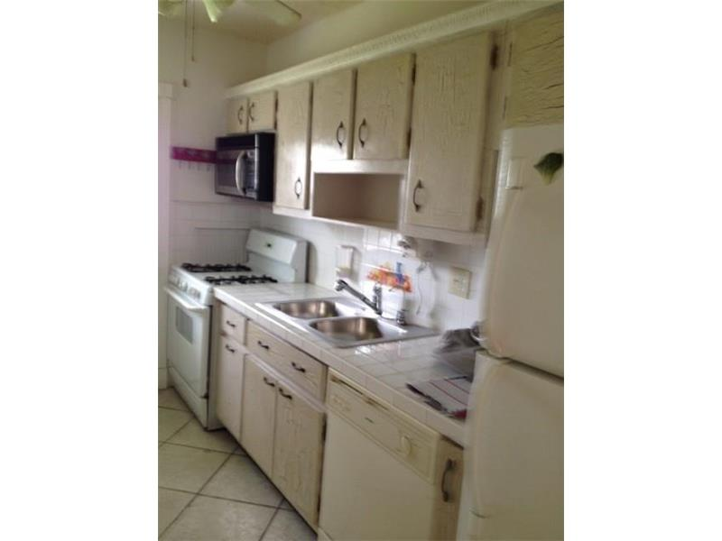 Photo of 121 NE 204th St 4  Miami Gardens  FL