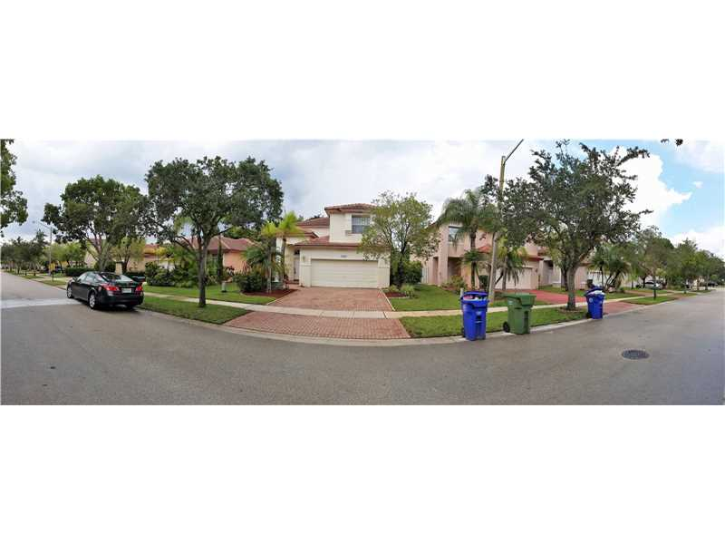 Photo of 19265 NW 14th St  Pembroke Pines  FL