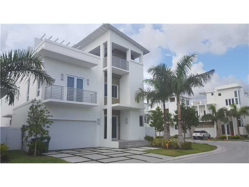 Photo of 8221 NW 33rd Ter  Miami  FL