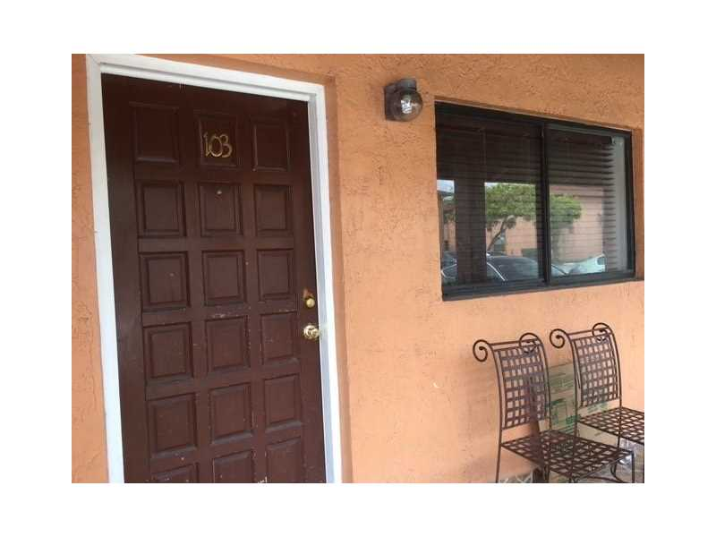 Photo of 6370 W 27th Ct 103  Hialeah  FL