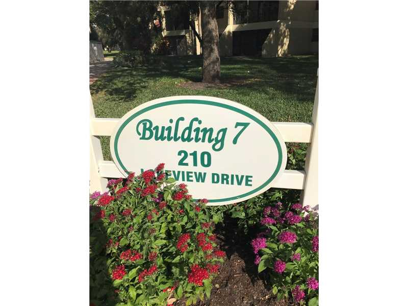 Photo of 210 Lakeview Dr 102  Weston  FL